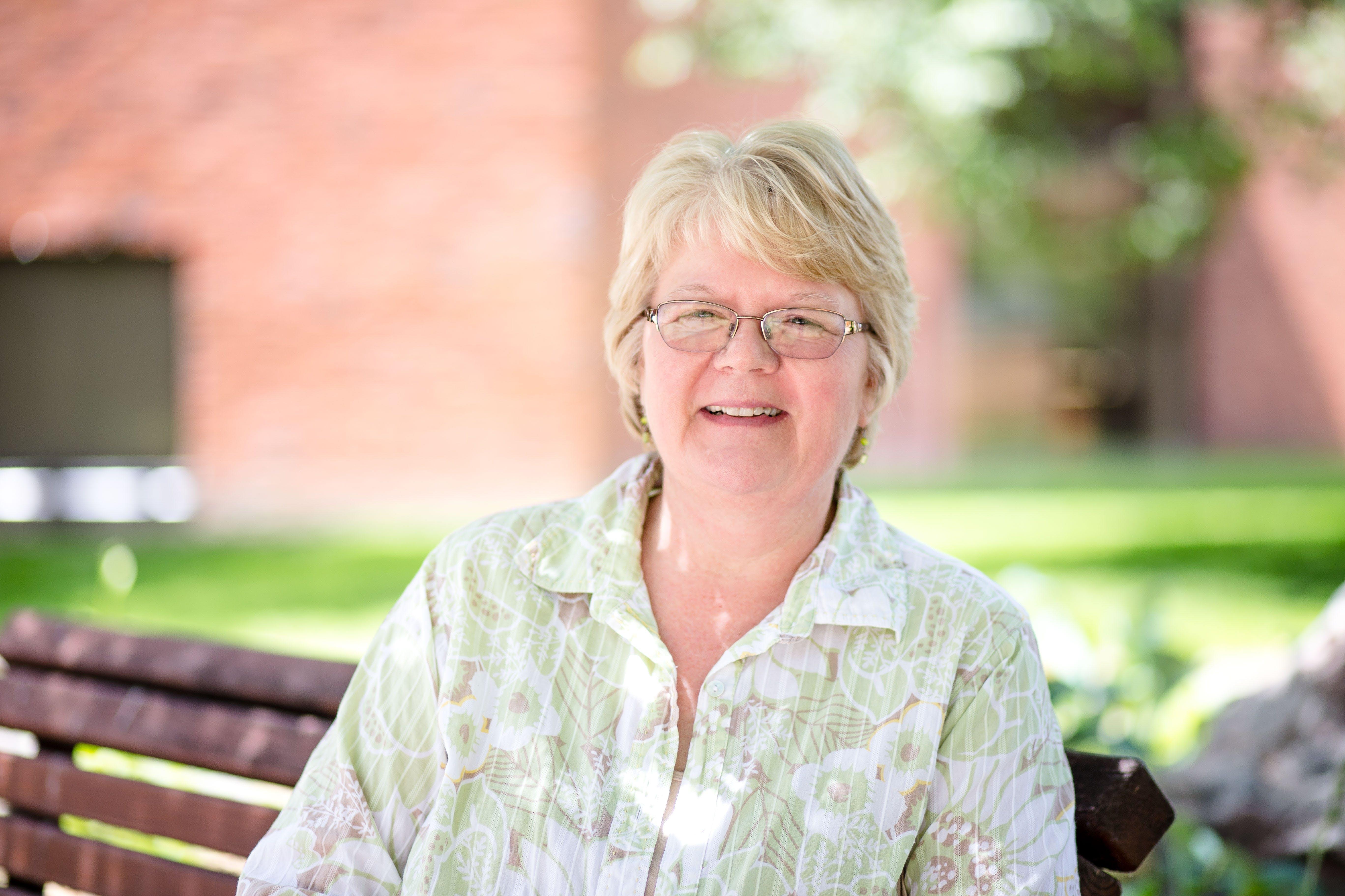 Julie Curtis