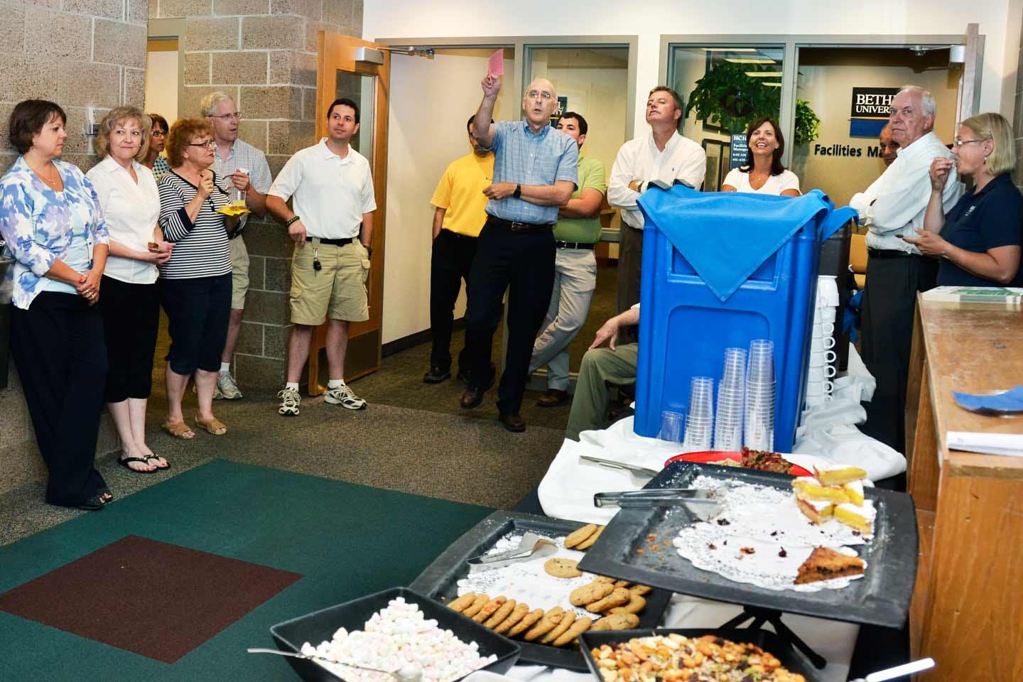 Facilities Management Celebrates New Office