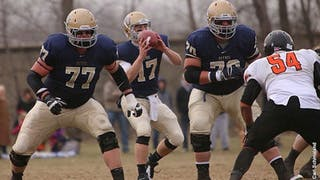 Bethel Football Team Advances to Quarterfinals