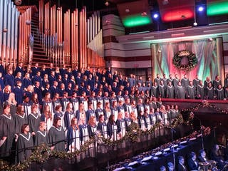 58th Festival of Christmas Features Over 300 Students and Alumni