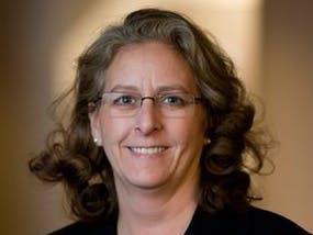 Bethel Provost Deb Harless Receives Distinguished Alumni Award
