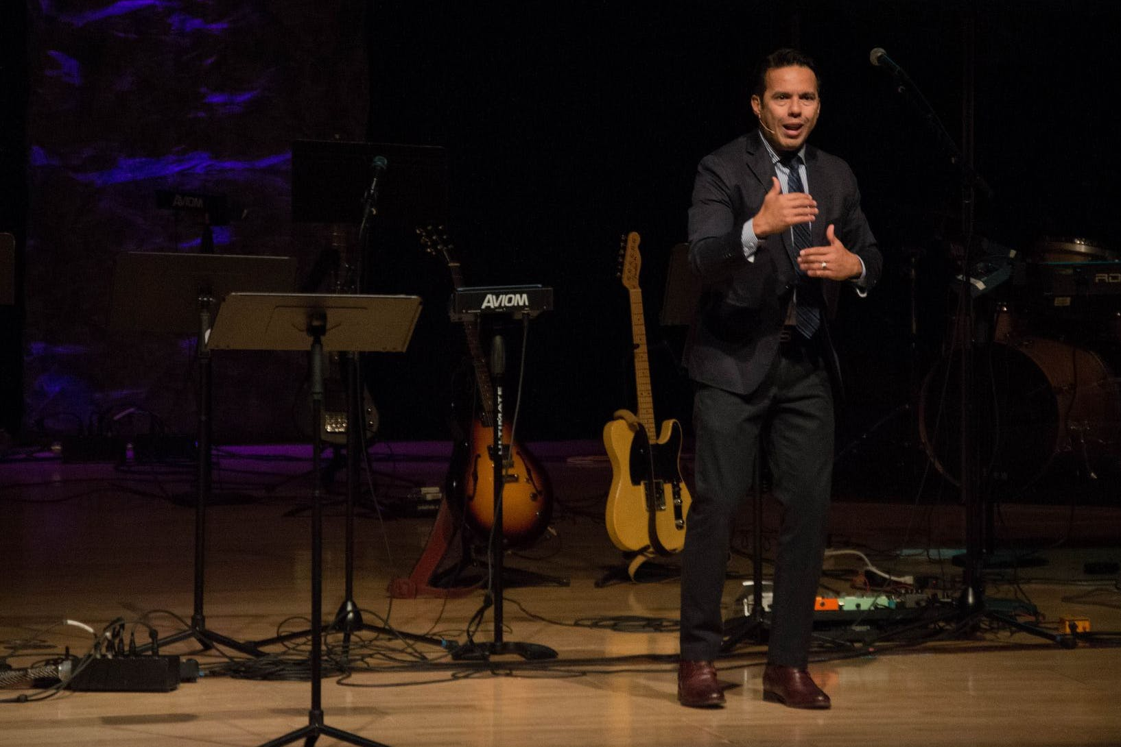 National Hispanic Leadership Conference President Visits Bethel