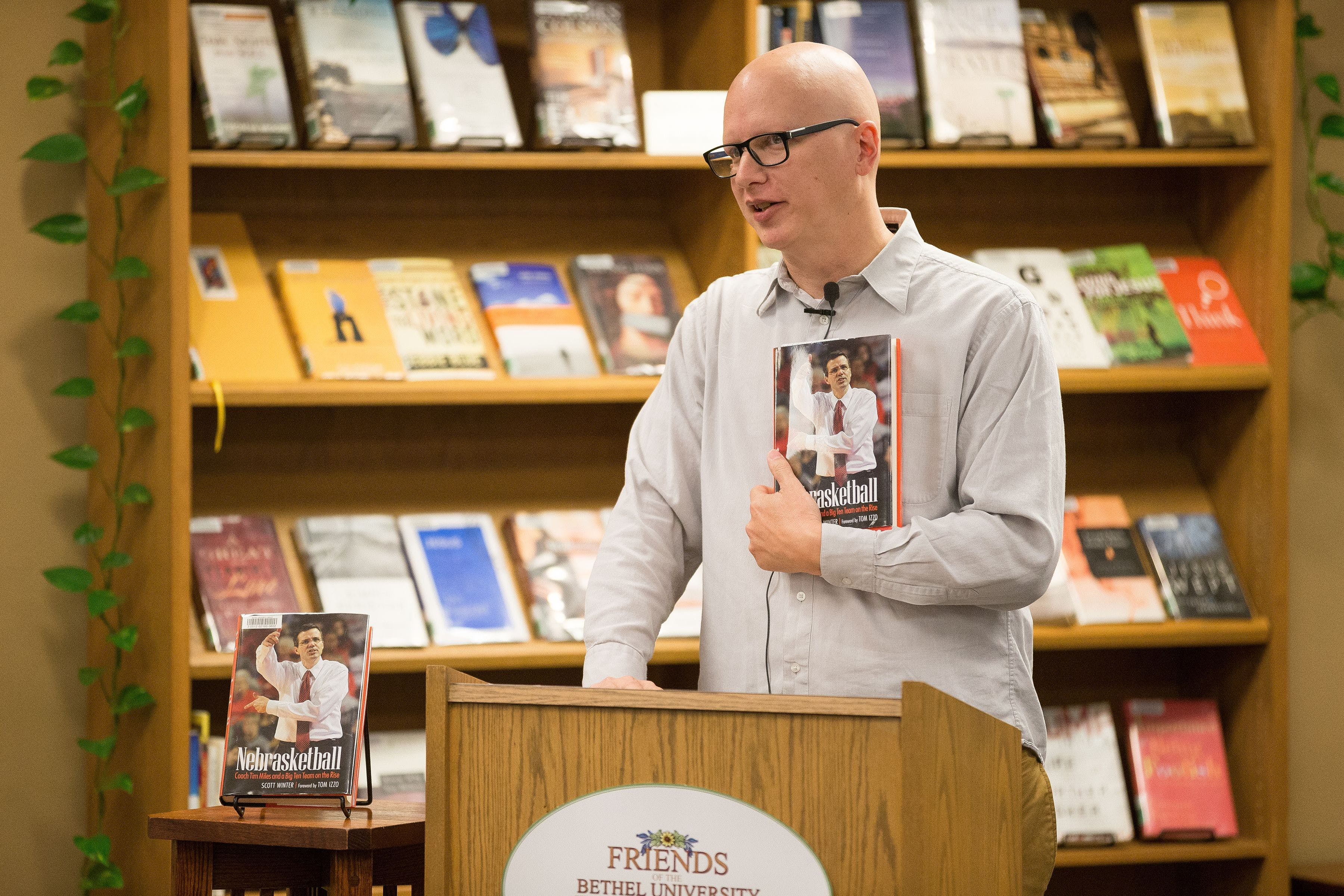 Journalism Professor Publishes Book on Nebraska Basketball Coach