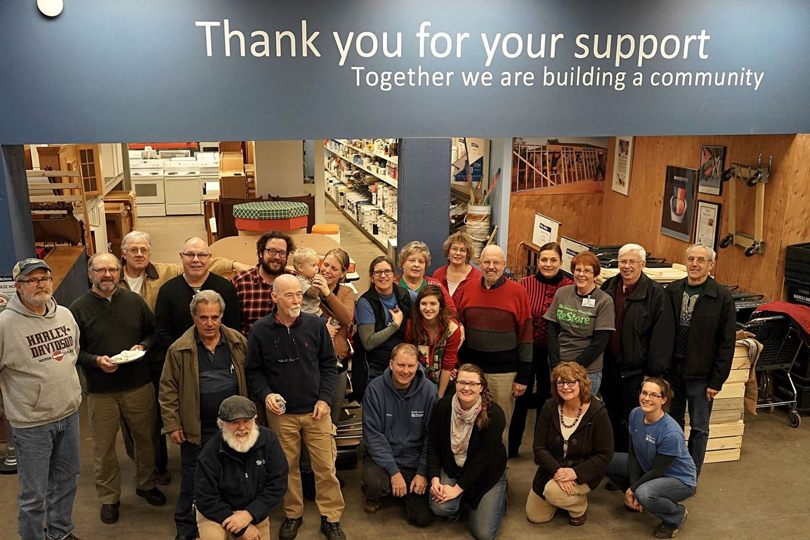 Bethel Adult Business Students Help Local Store