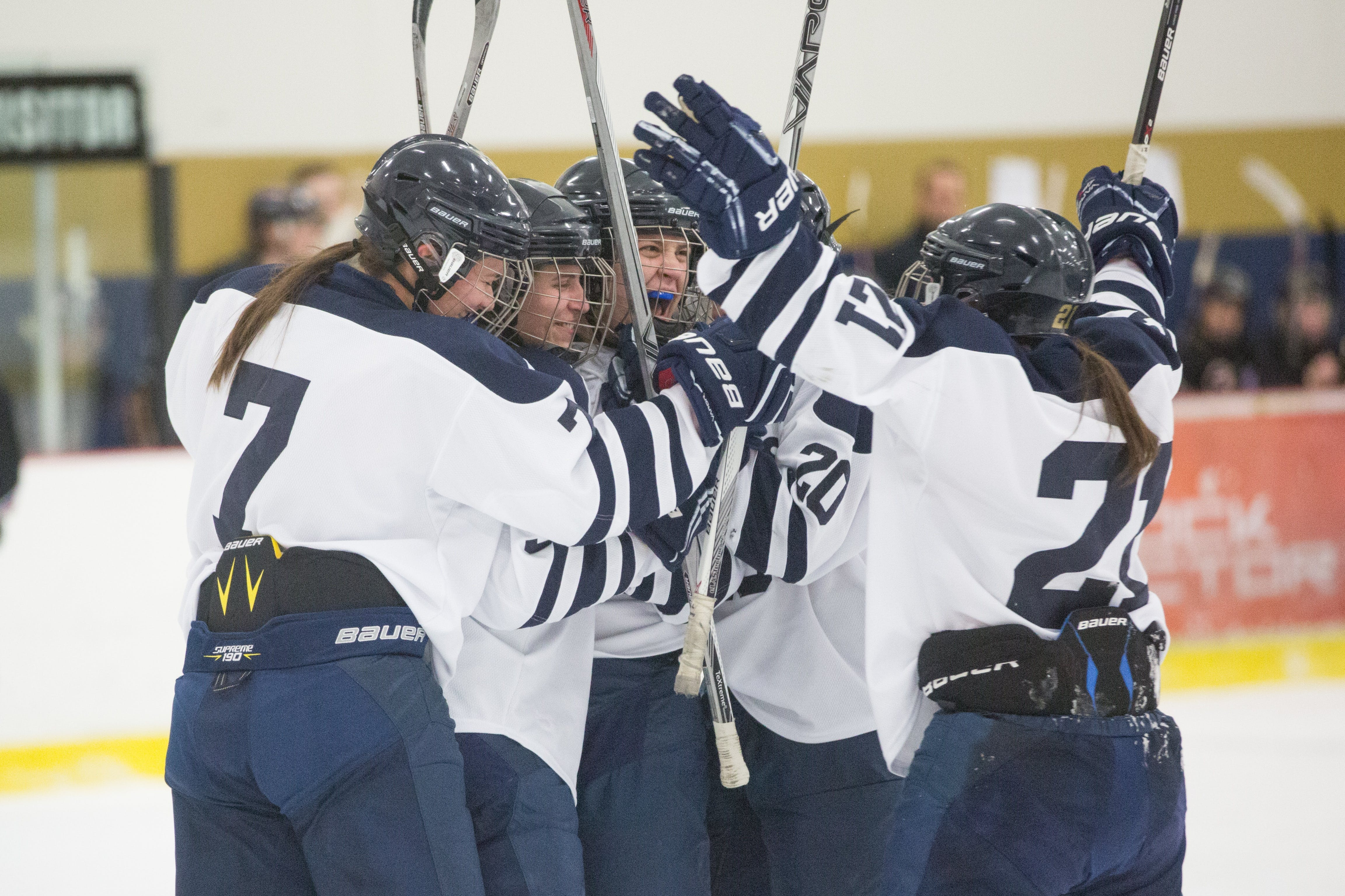 Women's Hockey Claims First MIAC Championship