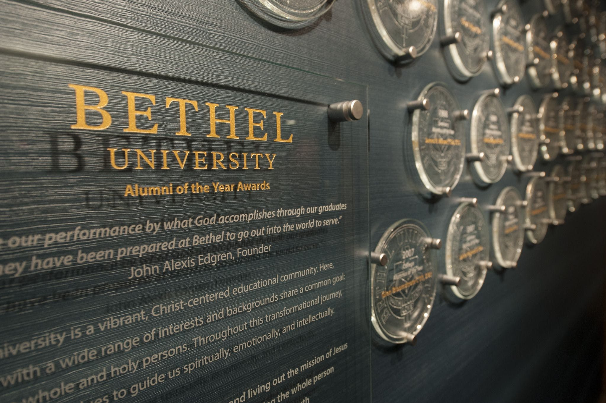 Bethel Names 2017 Alumni of the Year