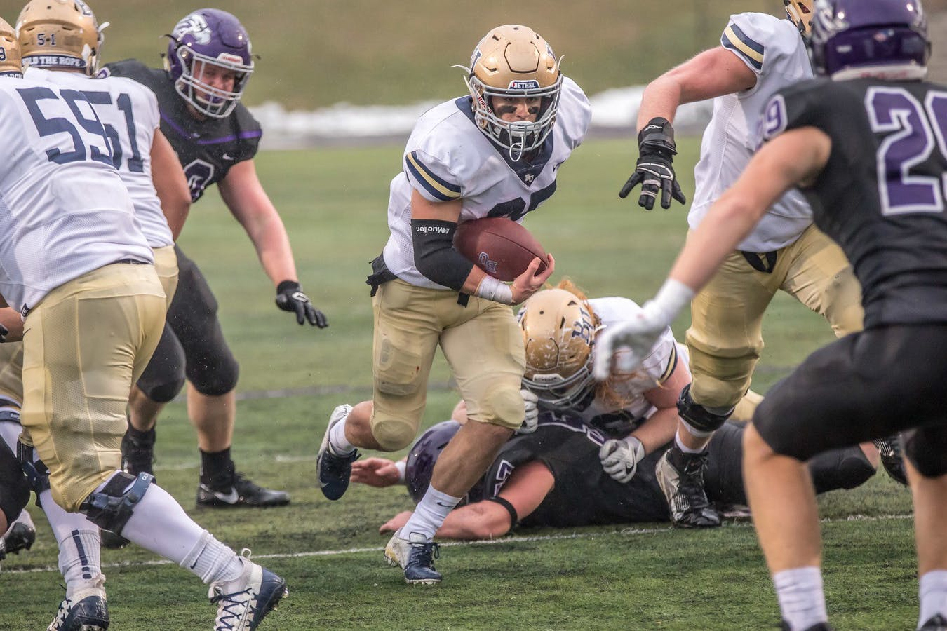 The Bethel University team couldn't overcome early miscues and turnovers in a 26-12 loss to the University of Wisconsin-Whitewater Saturday in Whitewater, Wisconsin.