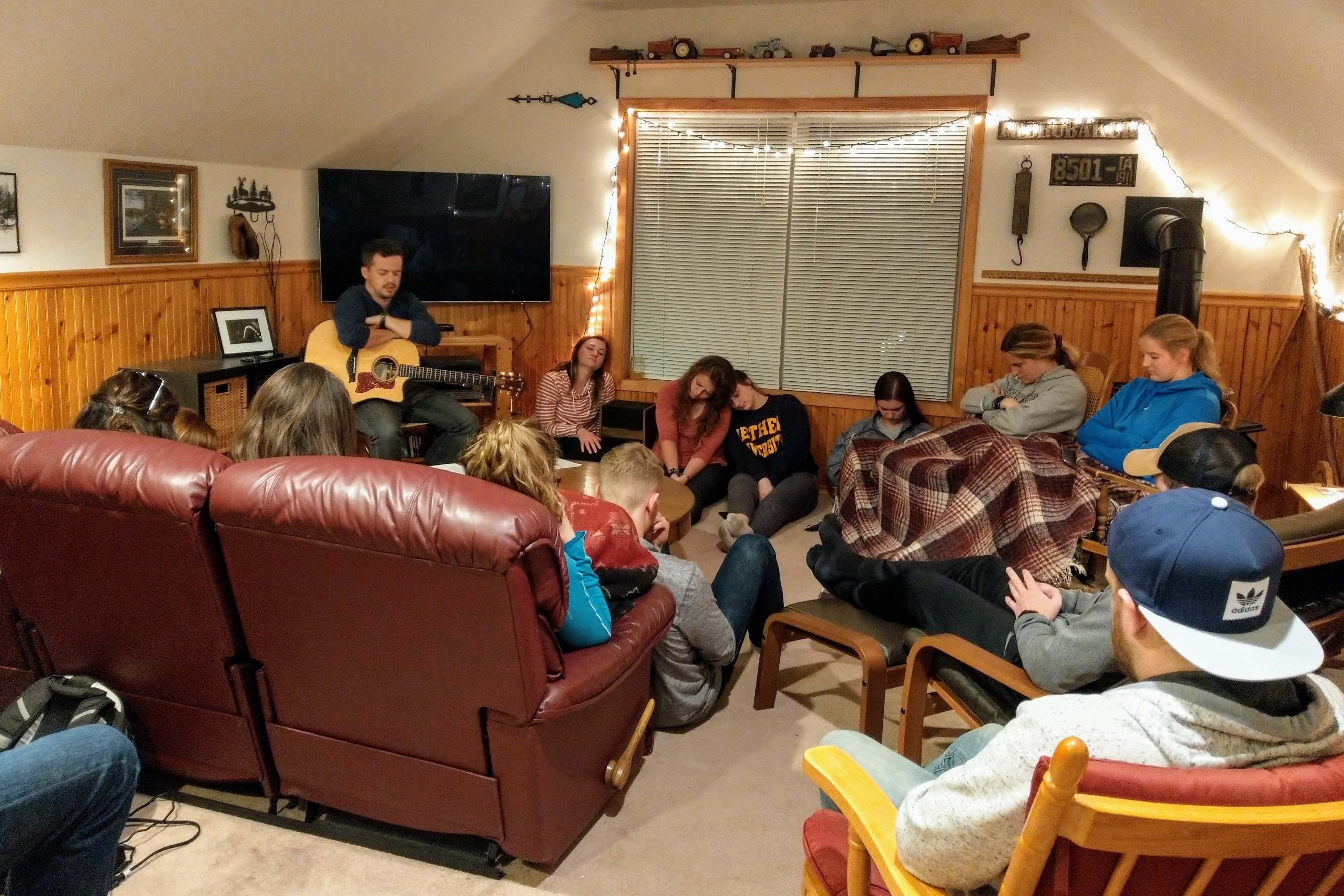 Food, Fellowship, and Jesus: Bethel Community Beyond the Bubble