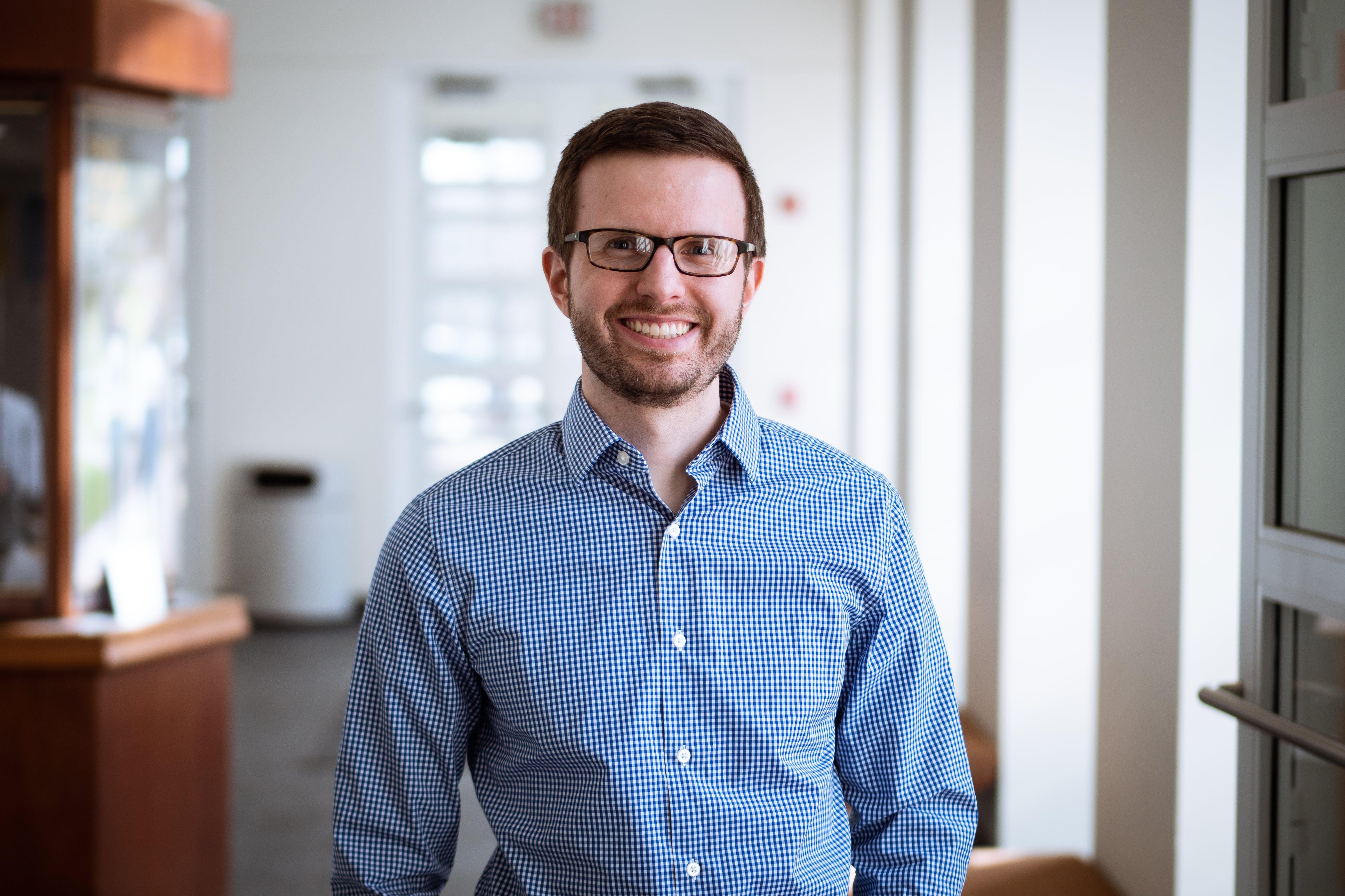 Bethel physics graduate Cory Lindh