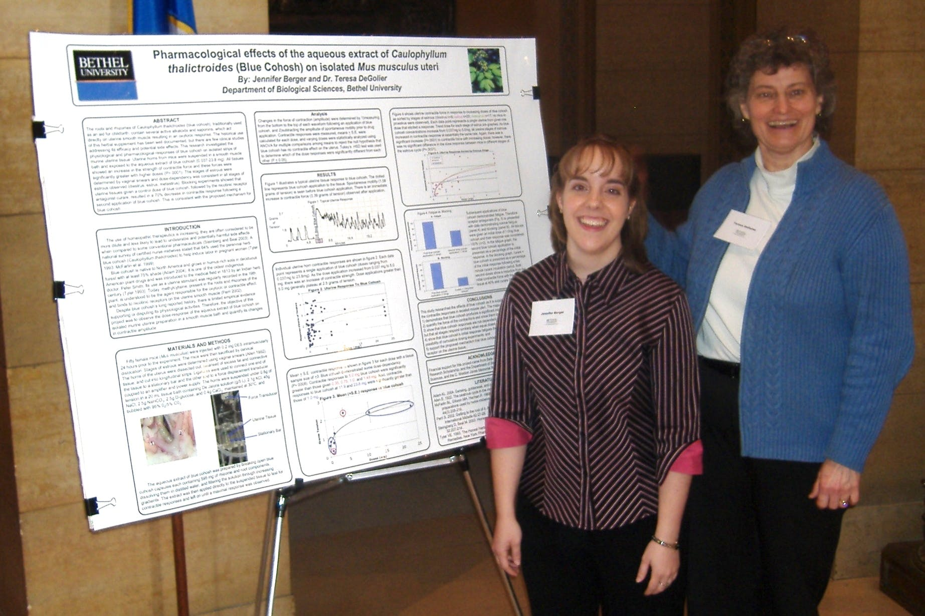 Jennifer Berger '07 and Professor of Biology Teresa DeGolier