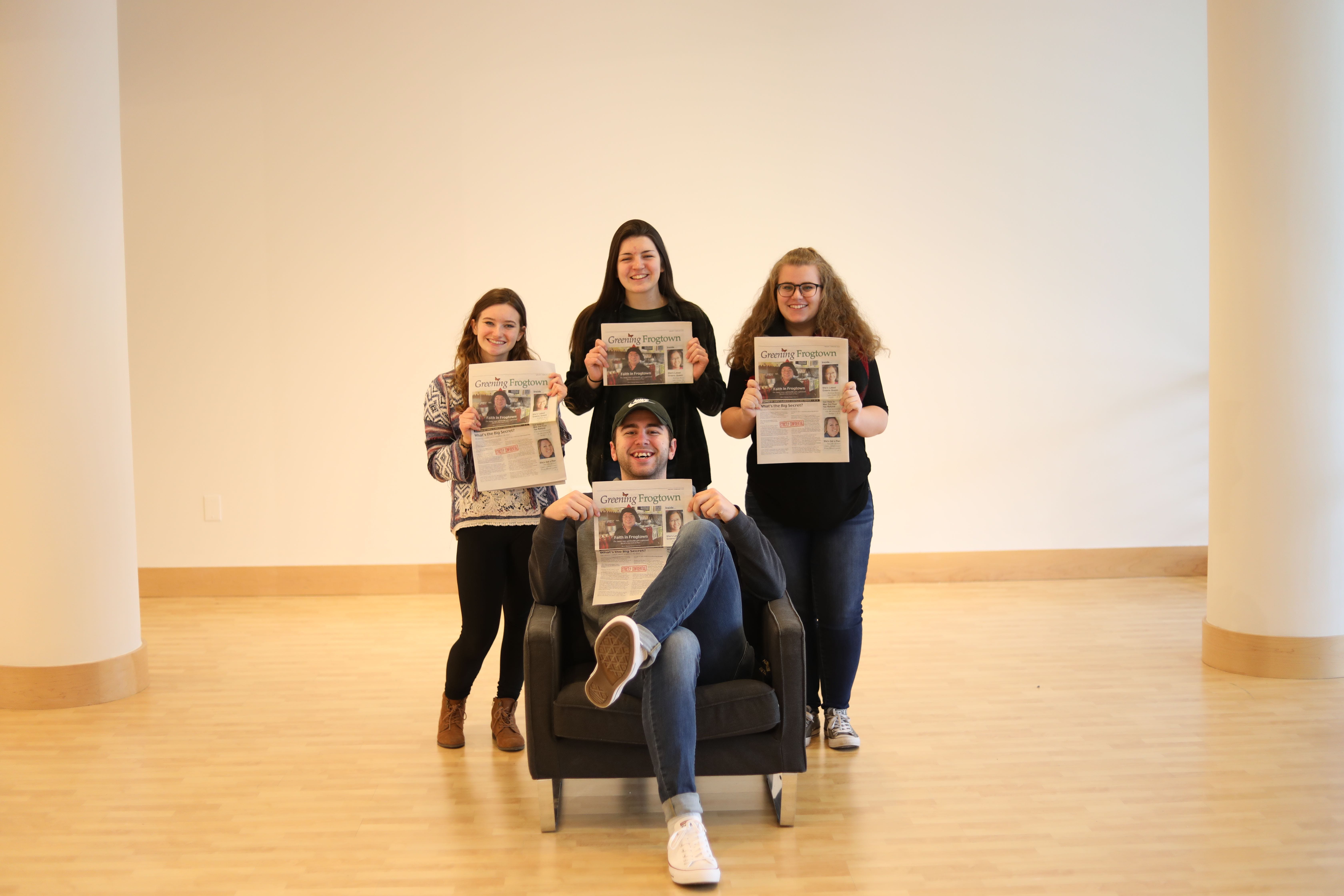 Journalism students get hands-on experience at Bethel University.