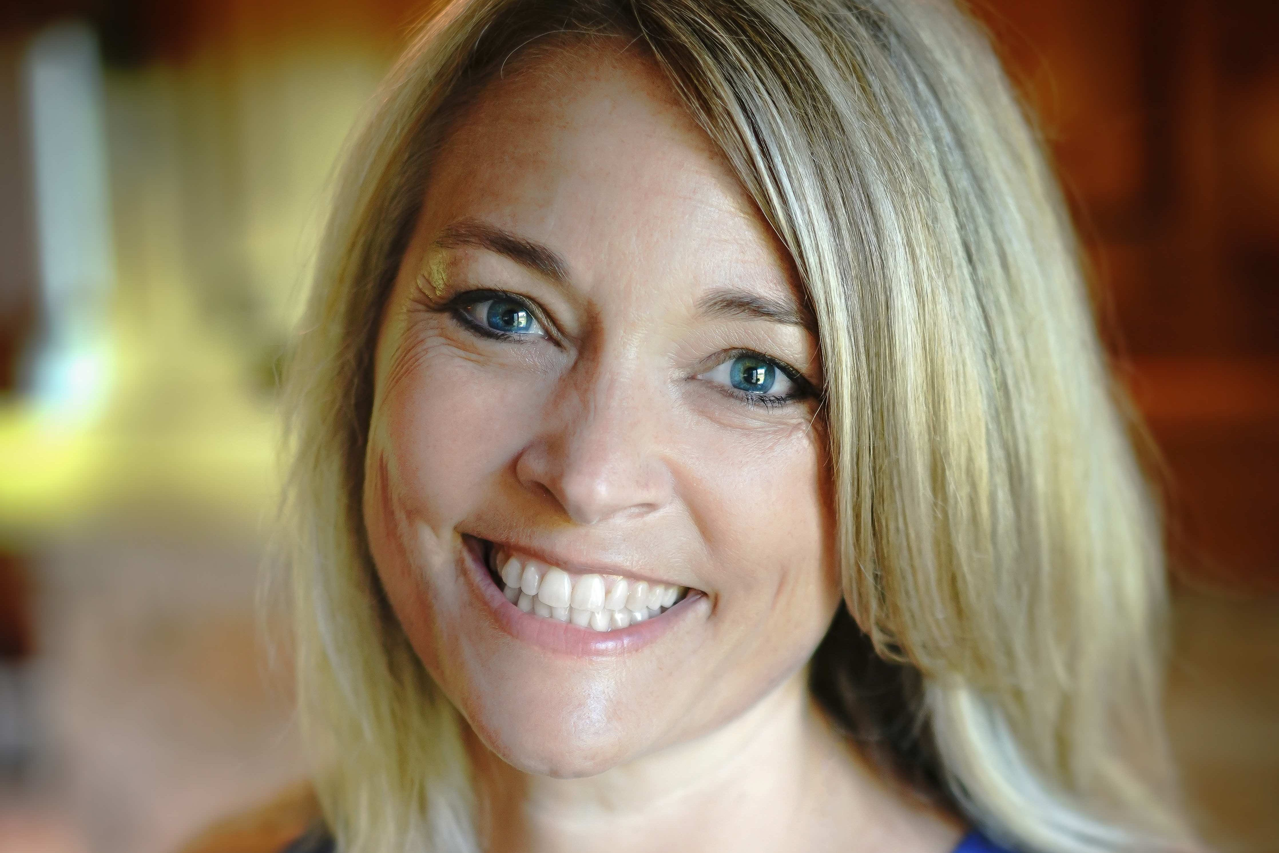 Michlyn Newman '93, Mahtomedi Public School's Teacher of the Year, credits her faith for leading her into teaching and keeping her where she belongs: teaching kindergarten.