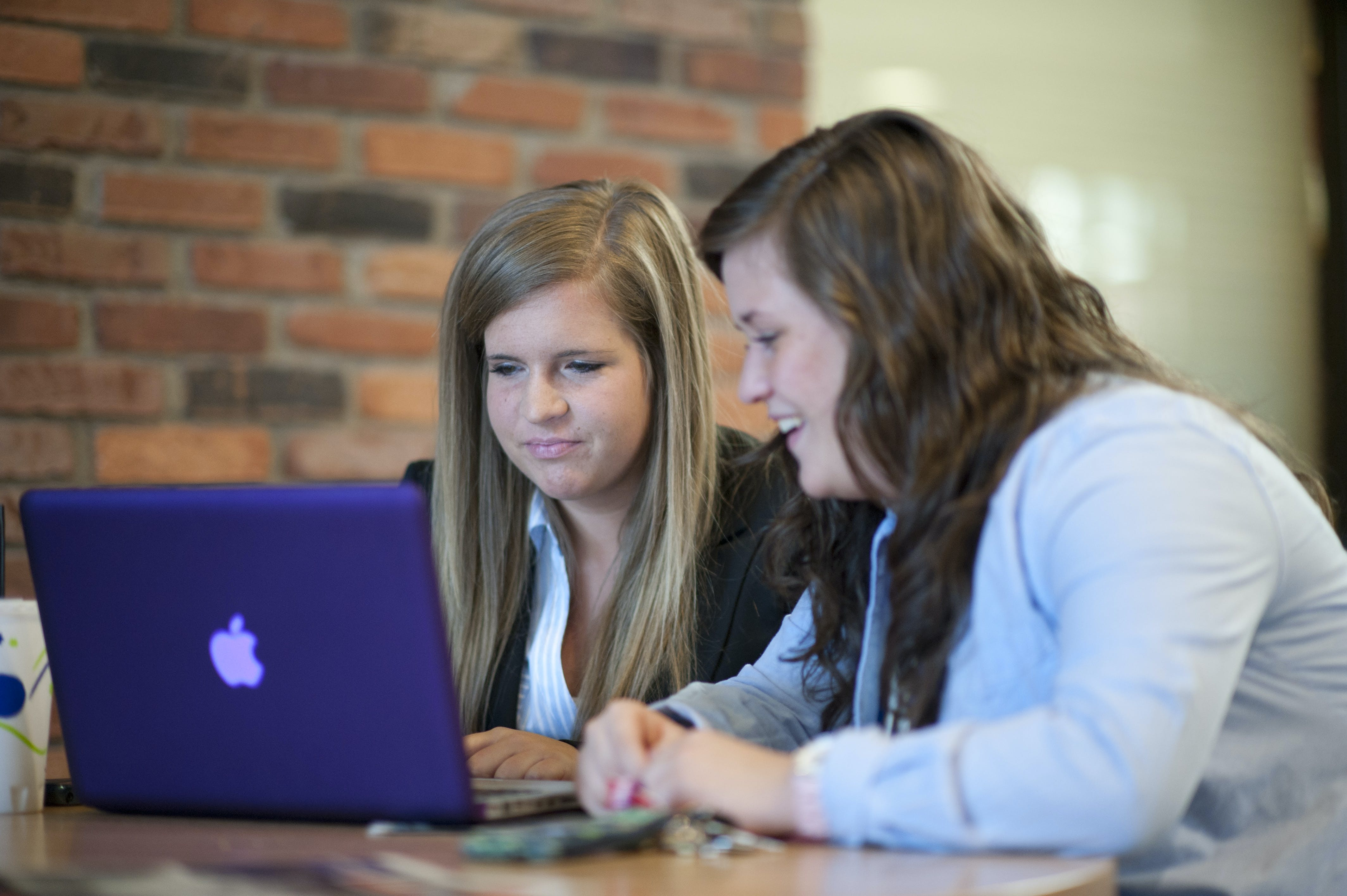 A new initiative in Bethel's College of Adult & Professional Studies replaces textbooks with online course resources, saving students about $1,300 per year.