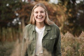 Photo of Bethel University student Hannah Dickinson